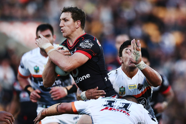 NRL+Rd+25+Warriors+v+Tigers+n2pQ0KlGhB6l.jpg
